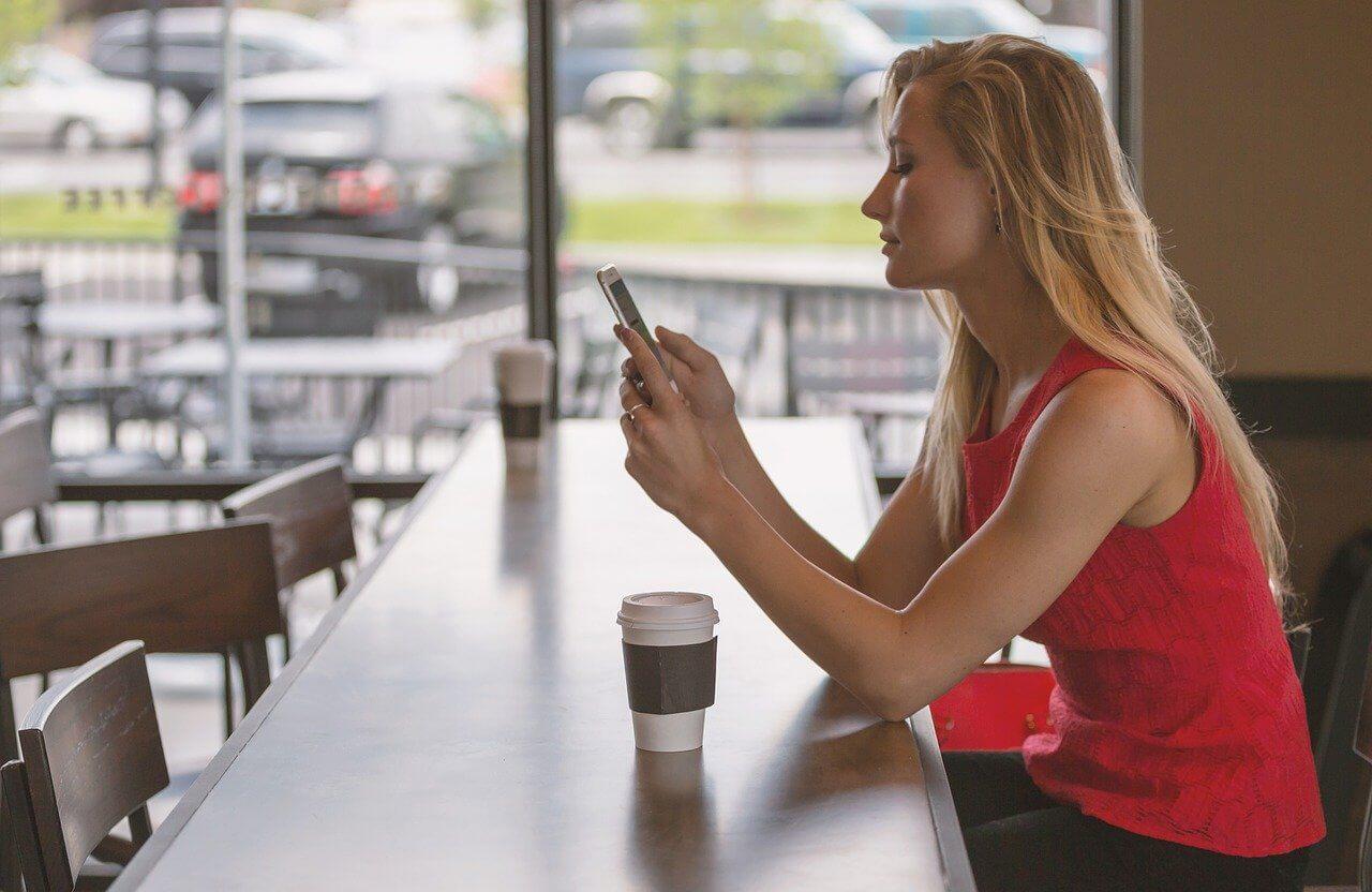 Hôtesses de téléphone rose